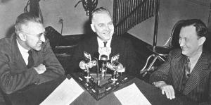 """UNIVERSITY OF CHICAGO """"ROUND TABLE"""" BROADCAST with Director of War Communications Research, Harold D. Lasswell, U.S.Censorship Director, Byron Price and Benton, 1942."""